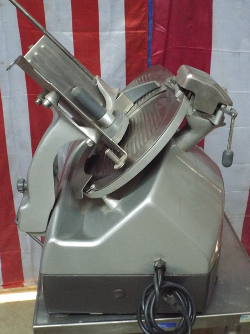 Hobart 2712 Semi Automatic Meat Deli Slicer 423