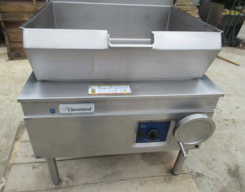 Cleveland SGL30-TR NAT Gas Braising Pan Manual Tilt Skillet