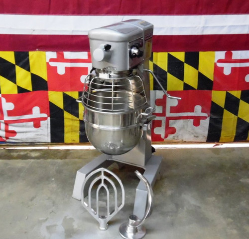 Lightly Used Hobart D300T 30 Qt Dough Bakery Pizza Mixer 3/4 HP 220V