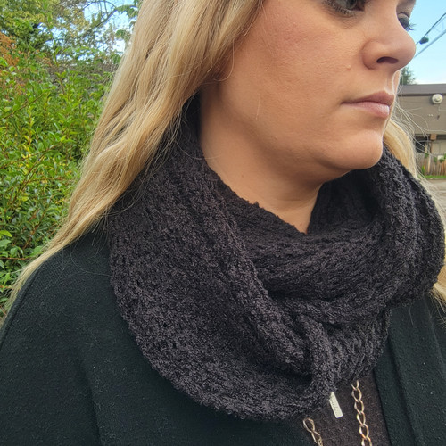 Soft and Cozy Infinity Scarf-Black
