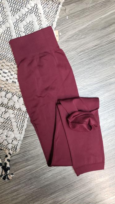 Curvy Fleece Lined Leggings-Burgundy