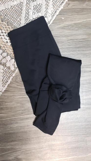 Curvy Fleece Lined Leggings-Black