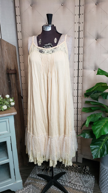 Curvy Lace Trim Layering Dress-Cream