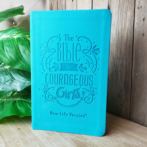 The Bible For Courageous Girls NLV