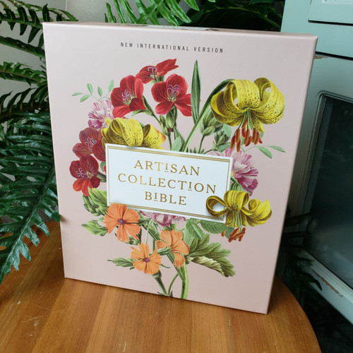 NIV Artisan Collection Bible-Blush Floral