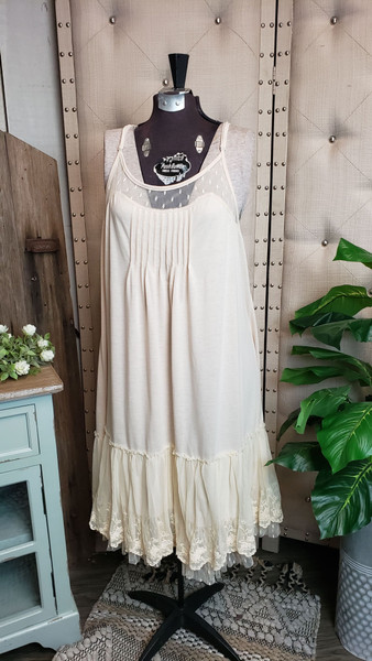 Curvy Dotted Lace Layering Dress - Cream