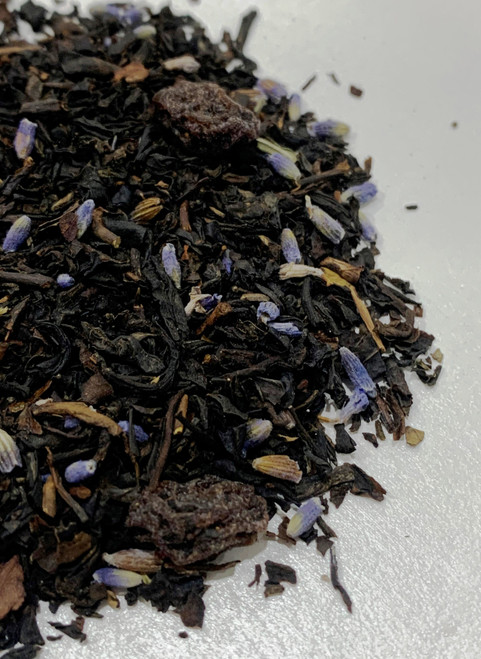 Figaro's Passion contains black tea, fig and lavender