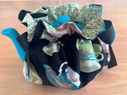tea cozy, tea cup pattern