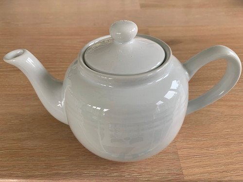white tea pot, 3 cup tea pot
