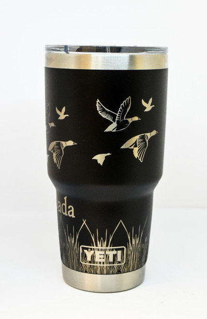 Black 30 oz Yeti Duck Wrap