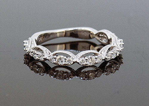 SIM10159 DIAMOND WEDDING RING