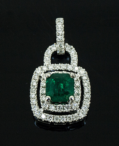 57010386 EMERALD AND DIAMOND PENDANT 14K