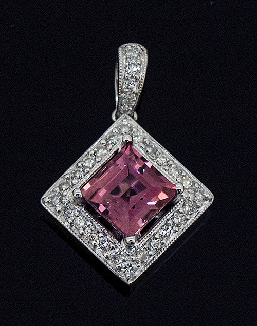 20310704 PINK TOURMALINE AND DIAMOND PENDANT 18K
