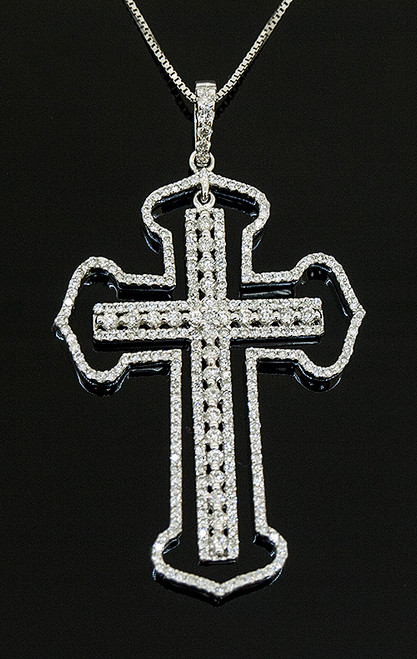 TT10582 DIAMOND CROSS PENDANT 18K