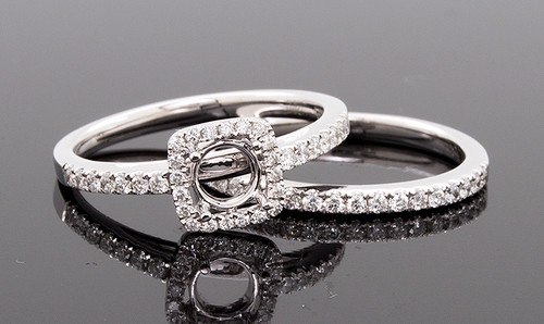 GBC12330 DIAMOND HALO WEDDING SET 14KW