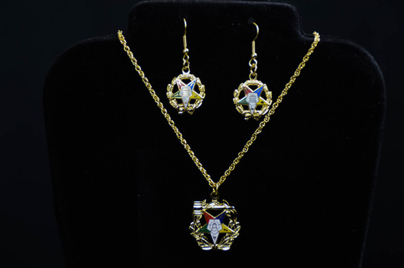 Star and Wreath Mixed Jewelry Set. Available in Gold Tone Only.