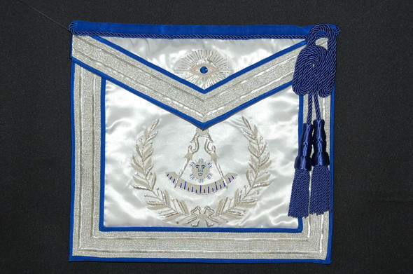 Past Master Apron Embroidered   CASE INCLUDED!!!