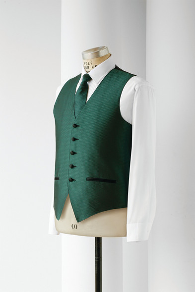 Oasis, 5 Button Full Back Vest, with faux Besom Pockets, 4 Interior Pockets, Tunnel Elastic for Fit Adjustments.