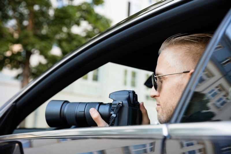 Surveillance Detection – A CIA Officer's Guide to Protecting Your Family