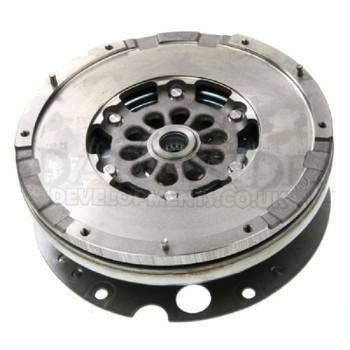 LUK Dual Mass Flywheel 415 0344 10 for 2.0 TDi Audi A4 / A5 (B8 Platform)