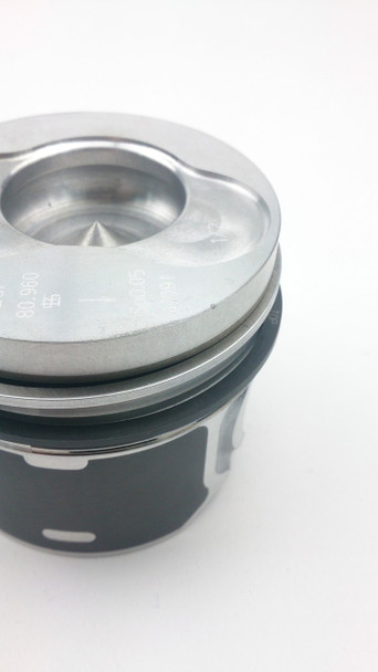 Stock Replacement Piston for Transporter T5 2.5 TDI -  (Cylinders 1 / 2)