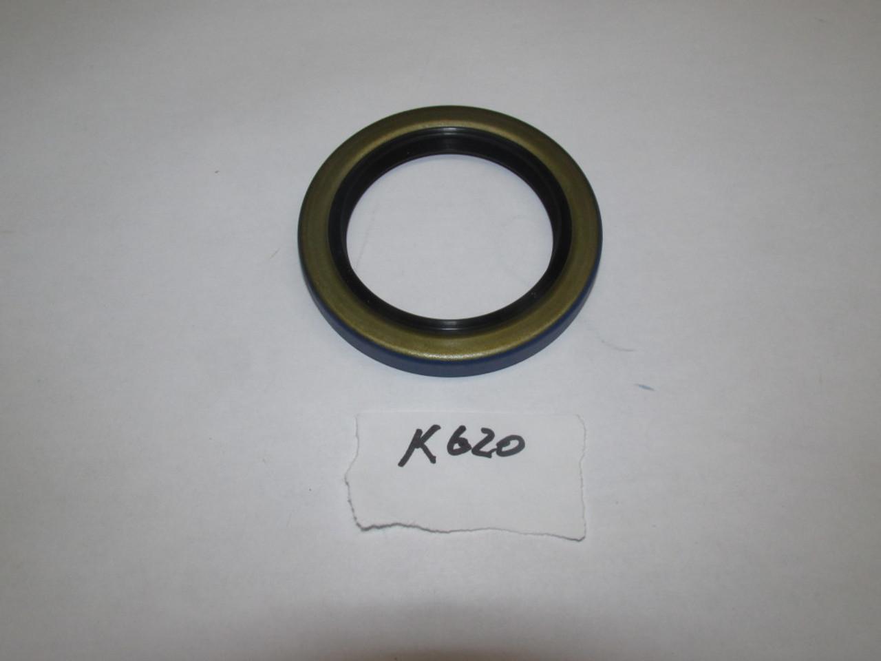 77-880 Top Transmission Shaft Seal (K620)