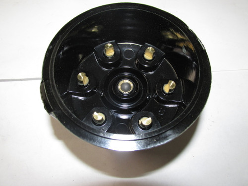 6 cyl Distributor Cap   Clip on style