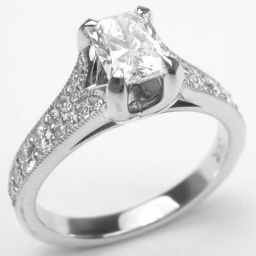 U-Shape Floating Crown Antique Style Ring - CDG0155