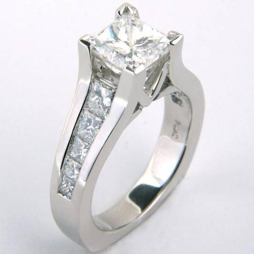 Graduated Floating Design Signature Engagement Ring - CDG0176