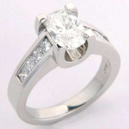 Modern Style Engagement Ring with Floating U-Shape Crown - CDG0180