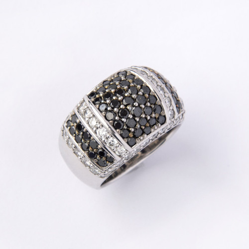 3.05ct tw Black and White Diamond Cocktail Ring