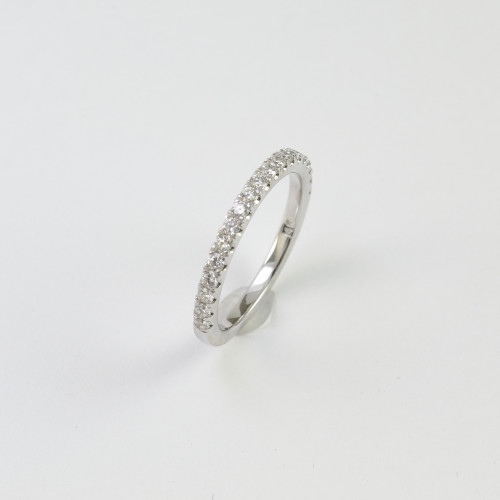 0.38ct tw Round Brilliant Wedding Band