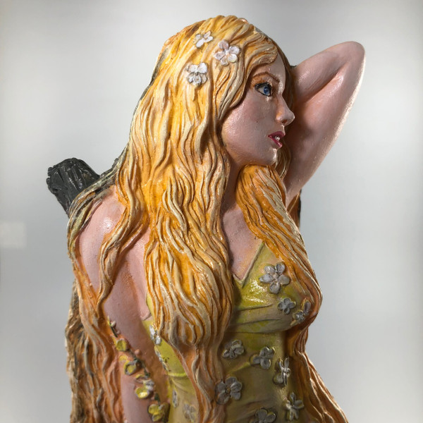 Image shows optional full color painting.