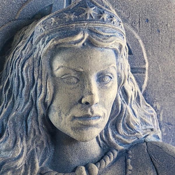 Arianrhod - Hand cast Statue