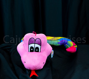 Sold individually, patterns and colors on the snake are assorted.
