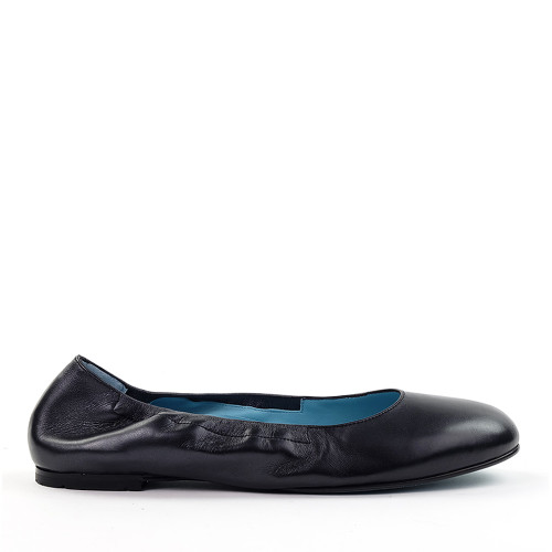 Thierry Rabotin Nives 8800CM Black Taffetas side view - Hanig's Footwear