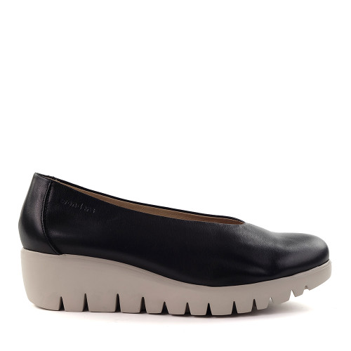 Wonders  C-33110 Black side view - Hanig's Footwear