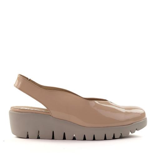 Wonders C-33161 Palo patent side view - Hanig's Footwear