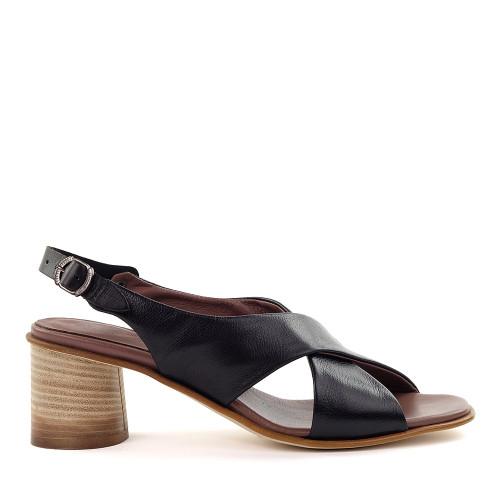 Lilimill 6811 Black Leather side view - Hanig's Footwear