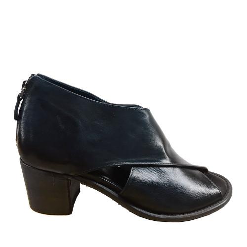 History 541 Simona 01 Black Leather side view - Hanig's Footwear