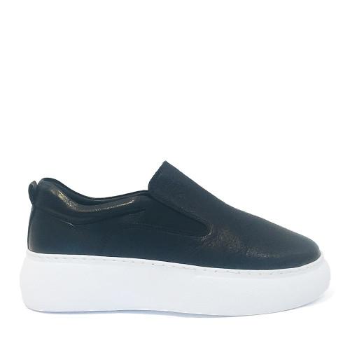 Mago 90132 Sneaker in black side view - Hanig's Footwear