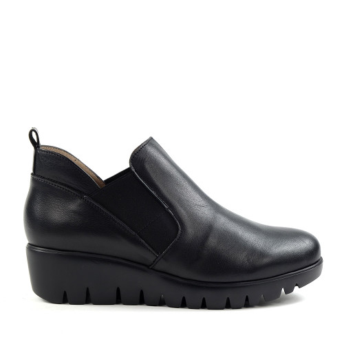 Wonders C-33176 Black Leather side view  - Hanigs Footwear