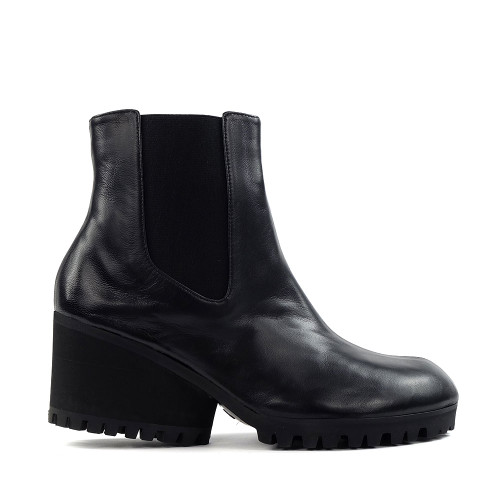 Thierry Rabotin Matilde 6602T Black Nappa side view - Hanig's Footwear