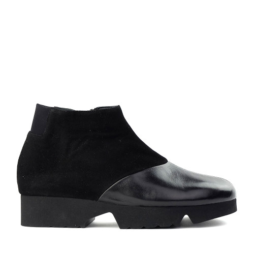 Thierry Rabotin Gaggio 2414H Black suede side view - Hanig's Footwear