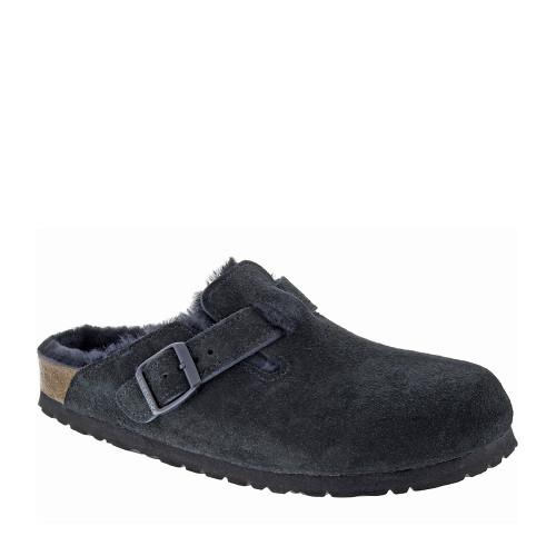 Birkenstock Boston Shearling Black angle view - Hanig's Footwear