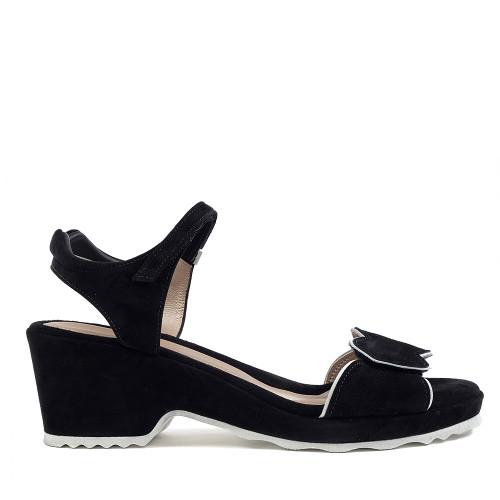Beautifeel Emma black/white side view — Hanig's Footwear