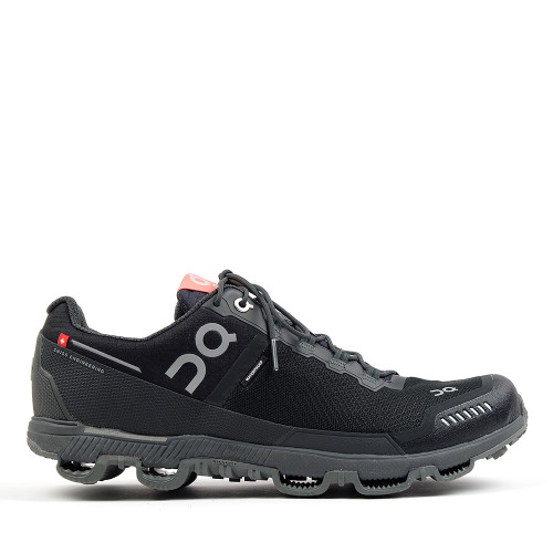 On Running Mens Cloudventure Black side view