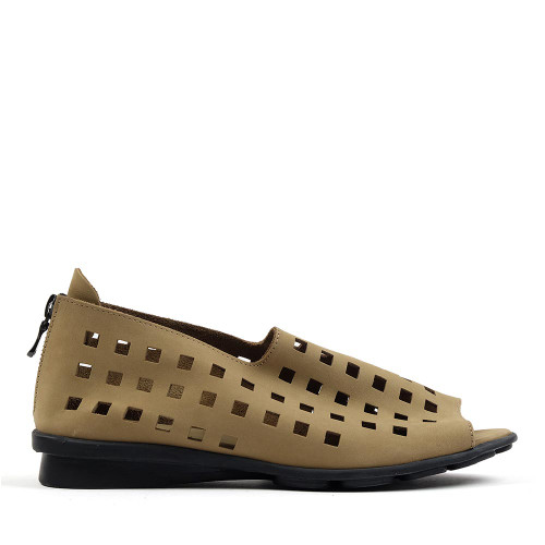 Arche Drick sand side view — Hanigs Footwear