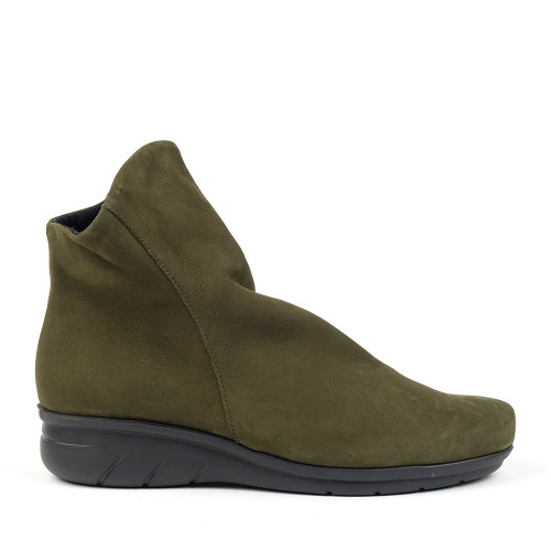 Hirica Dayton Kaki side view - Hanig's Footwear