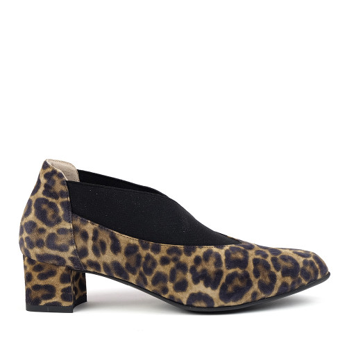 Beautifeel Gia Leopard Print side view - Hanig's Footwear